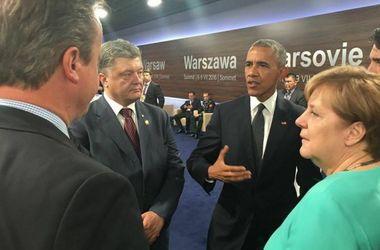 Порошенко в ходе саммита НАТО в Варшаве пообщался с Обамой, Меркель и Трюдо