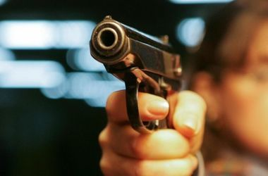 В Турции подросток расстрелял полицейских