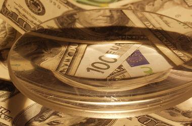 В Украине растет курс доллара