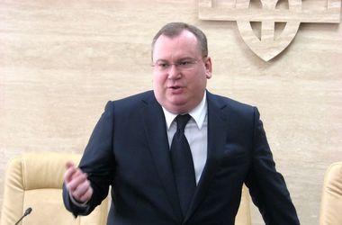 У главы Днепропетровской ОГА Резниченко угнали внедорожник