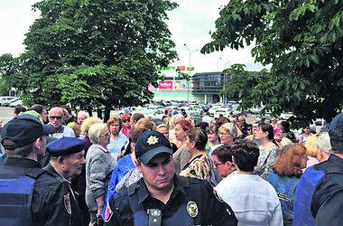 """Митинг в Одессе: за и против """"Небесной сотни"""""""