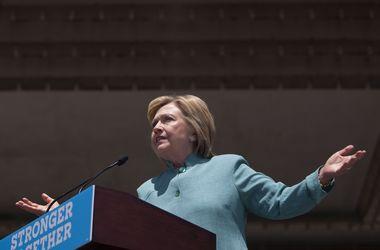 Клинтон назвала имя потенциального вице-президента