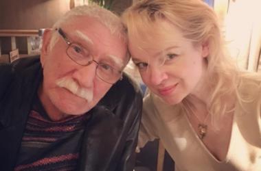 80-летний Армен Джигарханян отдыхает с молодой женой в Испании (фото)