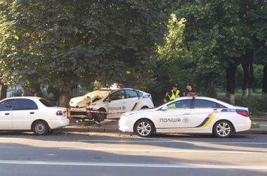 В Киеве в ДТП пострадала девушка-патрульная