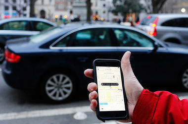Таксиcты выгнали Uber из Венгрии