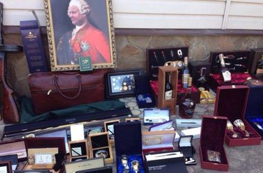 Во время обыска у харьковского чиновника нашли портрет в стиле Пшонки