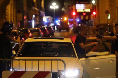 Число погибших при наезде грузовика на толпу в Ницце возросло до 73