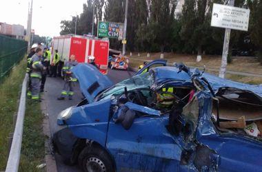 В Киеве погибла заснувшая за рулем женщина