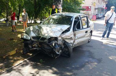В Киеве произошло зрелищное ДТП с участием пьяного водителя