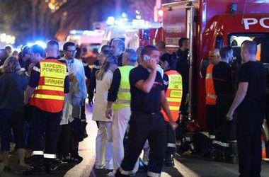 """Очевидица теракта в Ницце: Люди кричали, дети плакали, в толпе было слышно бормотание """"суицид"""""""