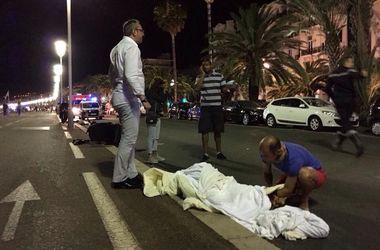 Террорист из Ниццы принимал наркотики, избивал жену и имел 3 маленьких детей