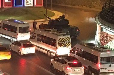 Премьер Турции сообщил о попытке военного переворота в стране – СМИ