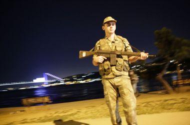 При попытке военного переворота в Турции погибли 17 полицейских