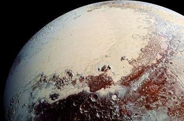 "NASA показало ""посадку"" на Плутон"