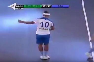 Роналдиньо забил пять голов в одном матче в чемпионате Индии по футзалу