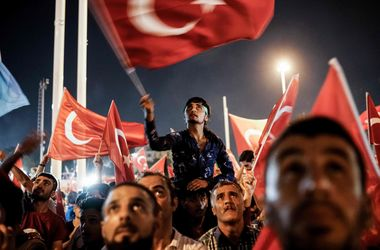 МИД Турции уточнило число жертв попытки военного переворота