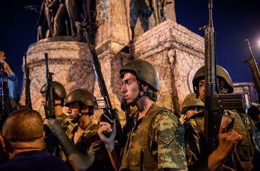 Переворот в Турции: Обнаружили переписку с организаторами и целями путча