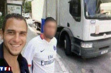 Перед нападением террорист из Ниццы делал радостные селфи на фоне грузовика-убийцы