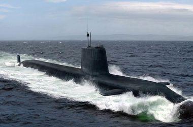 Британская атомная подлодка столкнулась с торговым судном близ Гибралтара