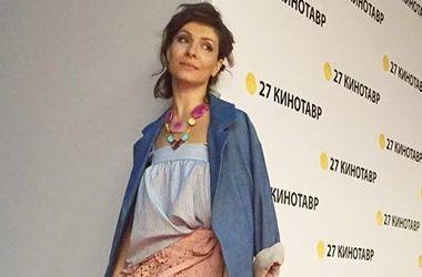 Актриса Елена Подкаминская получила травму на съемках (фото)