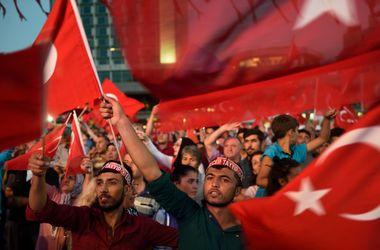 ЕС призвал Турцию уважать права человека