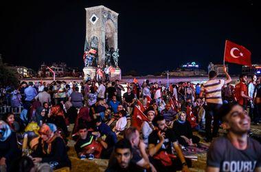 На турецких курортах ситуация безопасная, никаких угроз нет - генконсул