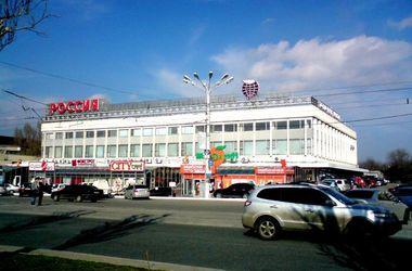 Жаркое лето в Луганске: война, кино, пицца