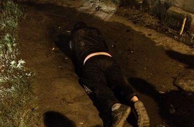 В Харькове мужчина бросался на прохожих с ножом