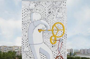 Новые муралы в Киеве: подсолнухи и сердце
