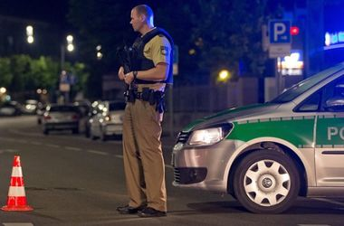 Число пострадавших при взрыве в Ансбахе возросло до 12, трое тяжело ранены