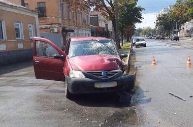 В Харькове в столкновении авто пострадали четыре человека