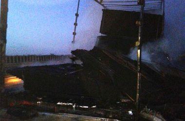 На трассе Киев - Одесса во время движения загорелся грузовик