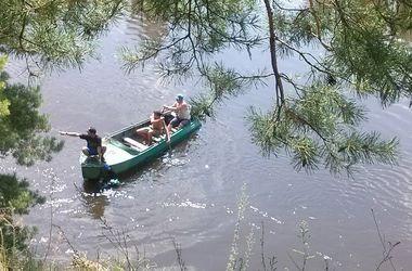 В Киеве водолазы за выходные спасли трех человек