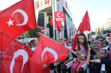 Провал путча в Турции: более 5 тысяч врачей остались без работы
