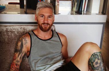 Месси с белыми волосами фото