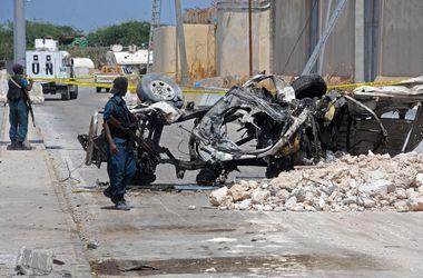 Мощный взрыв у здания ООН в Могадишо: 13 погибших