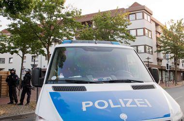 В Бремене эвакуировали торговый центр из-за сбежавшего из психбольницы