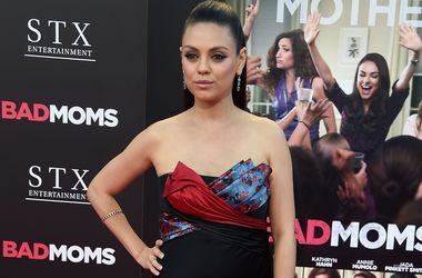 Мила Кунис призналась, что повторила судьбу своей героини в фильме