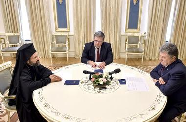 Порошенко заверил, что что украинская власть едина в стремлении иметь единую поместную церковь