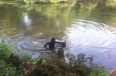 Под Киевом в озере нашли утопленника