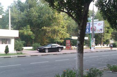 В Украине заметили великолепный Dodge Challenger