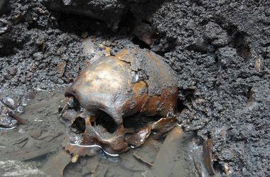 """Ученые раскрыли тайну мумии в """"кроссовках"""""""