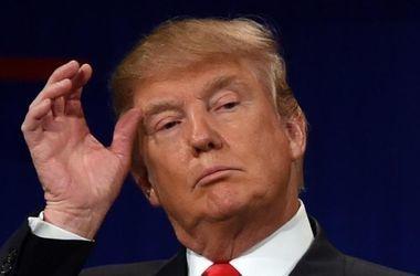 Олланд назвал выходки Трампа тошнотворными
