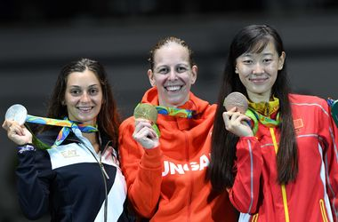 Венгерская шпажистка Эмеше Сас стала чемпионкой Олимпиады-2016