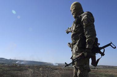 Военных атаковали боевики на БМП