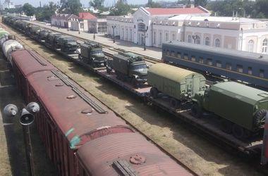 В Сети появились фото переброса российской военной техники в Крым