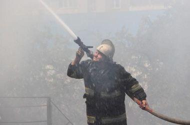 В Киеве – пожароопасная неделя: как спасаться из огня и обрабатывать ожоги