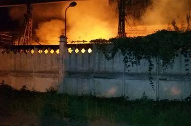 Под Киевом сгорел старый завод