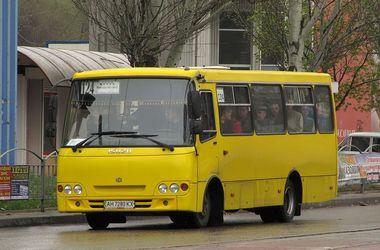 В Киеве проверят легальность работы маршруток
