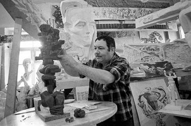 Умер знаменитый скульптор Эрнст Неизвестный